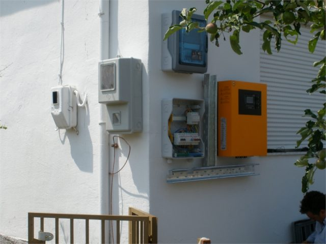 Inverter & ηλεκτρολογικοί πίνακες